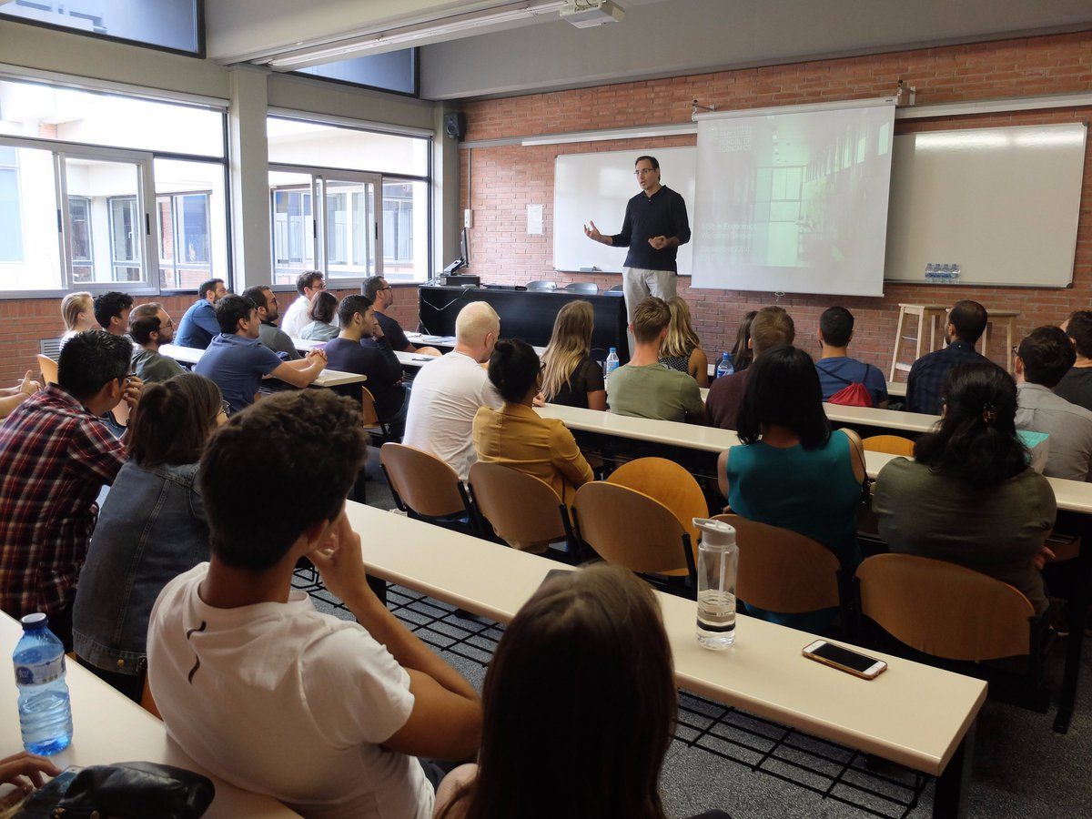 MSc in #Economics Welcome Session has started. A warm welcome to all our new students starting their studies with us!  <br>http://pic.twitter.com/oSS3OmlwpY
