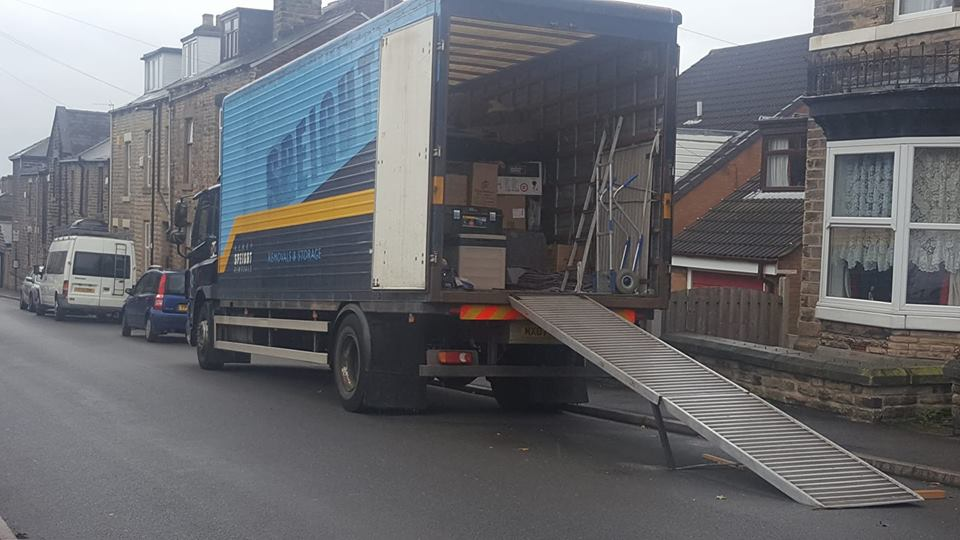 Loading up in Walkley, Sheffield today! #Removals #Storage #Sheffieldissuper #Southyorkshire #DerbyshireIS<br>http://pic.twitter.com/ilKGICGQj8