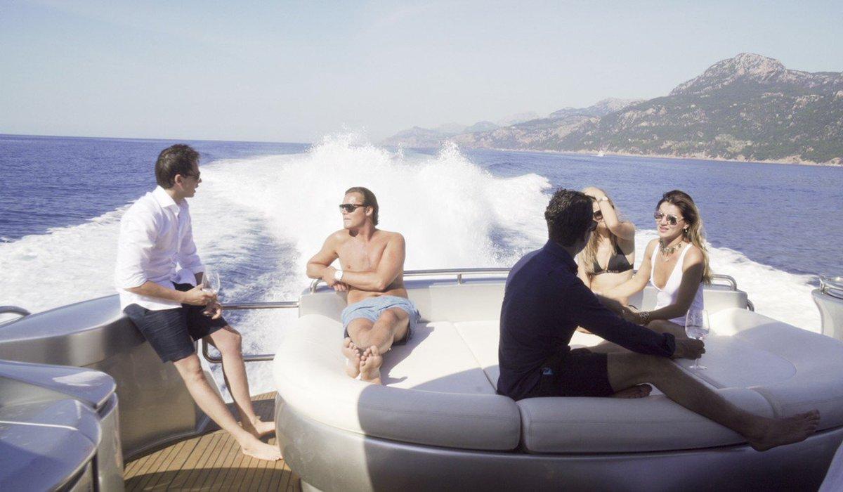 #millennials get their brainwaves on the #ocean waves, their office a luxury #yacht cruising the Med  http:// bit.ly/2wL4EWT  &nbsp;   #luxurytravel<br>http://pic.twitter.com/FwyDv6BiLj
