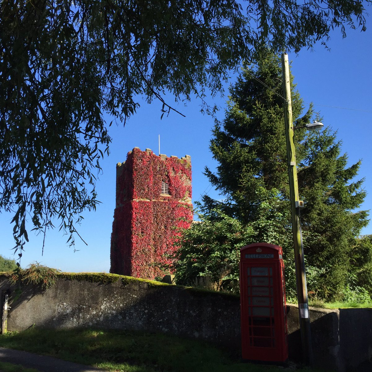 Beautiful #AutumnEquinox morning here in sunny #Scarborough  North Yorkshire Love our Red Telephone Info Box #northyorkshire #Autumn #Church<br>http://pic.twitter.com/Uzx8hZKwAB