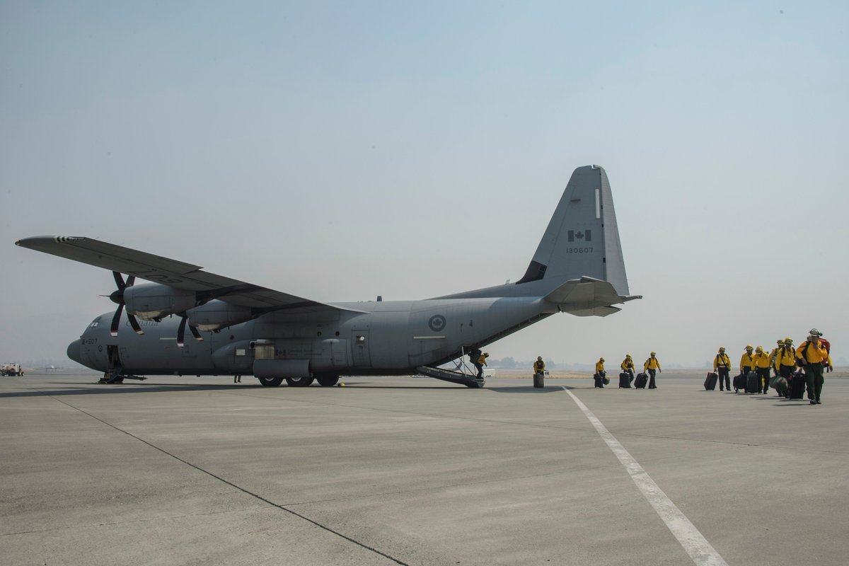 The #OpLENTUS Air Task Force flew 830hrs, transporting nearly 1000 passengers and 30000lbs of cargo in #BC <br>http://pic.twitter.com/HXJw7QiW3W
