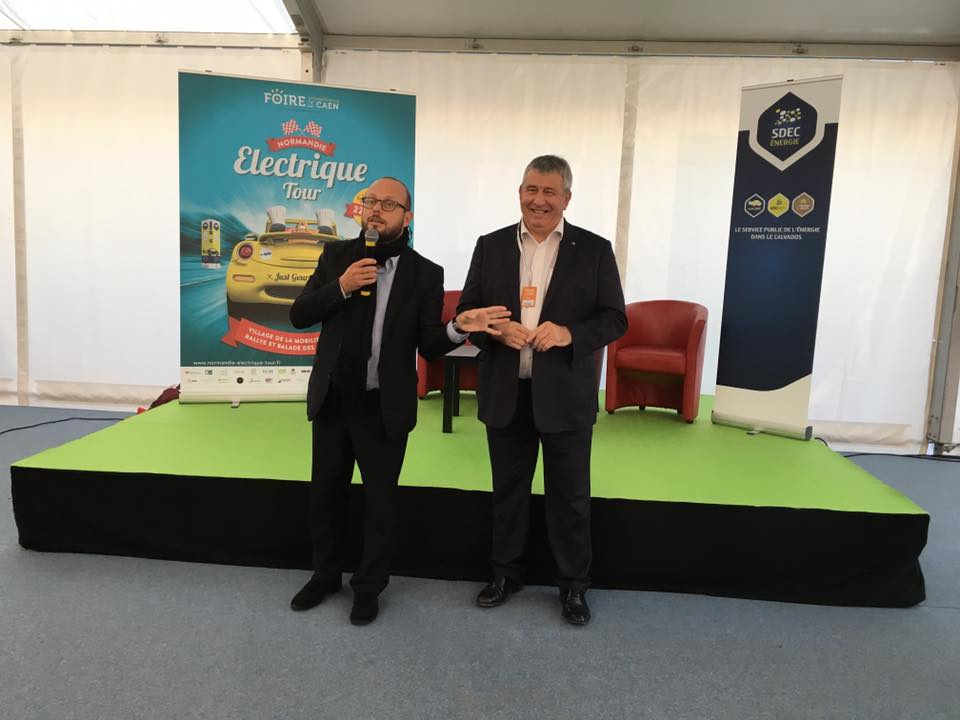 Inauguration officielle du @NormandiElecT, une co-production @CaenEvent et @SdecEnergie ! #FoiredeCaen #ParcExpoCaen https://t.co/GRvFN52RIh