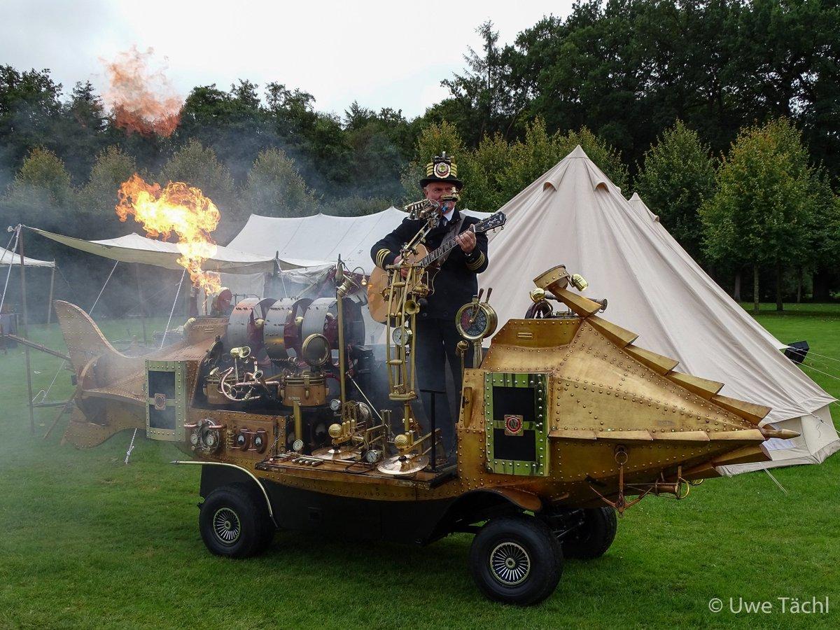 Nautilus-one-man-band #gutaltenkamp #papenburg #steamfest #pirate #steampunk #onemanband #nautilusonemanband https://t.co/pBVBn4F6zA