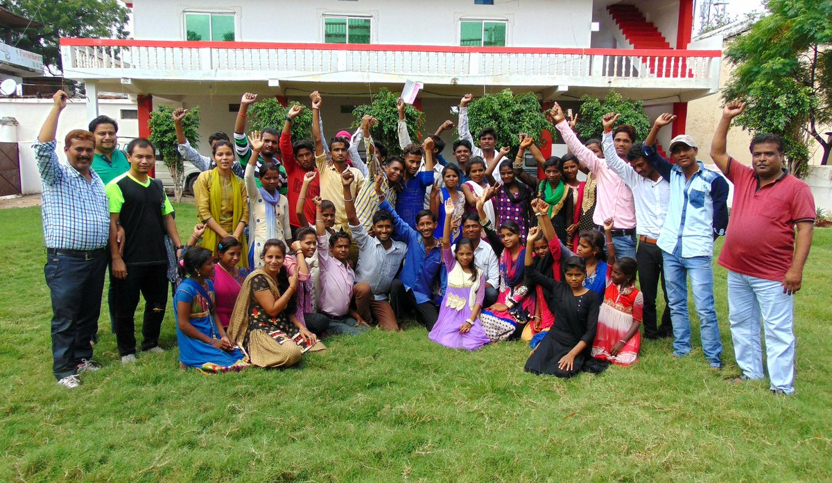 53 youth have taken their first step to break gender barriers joining #KadamBadhateChalo  through #FreedomtoPlay sports camps at Panna, MP <br>http://pic.twitter.com/xgnuBiMWB1