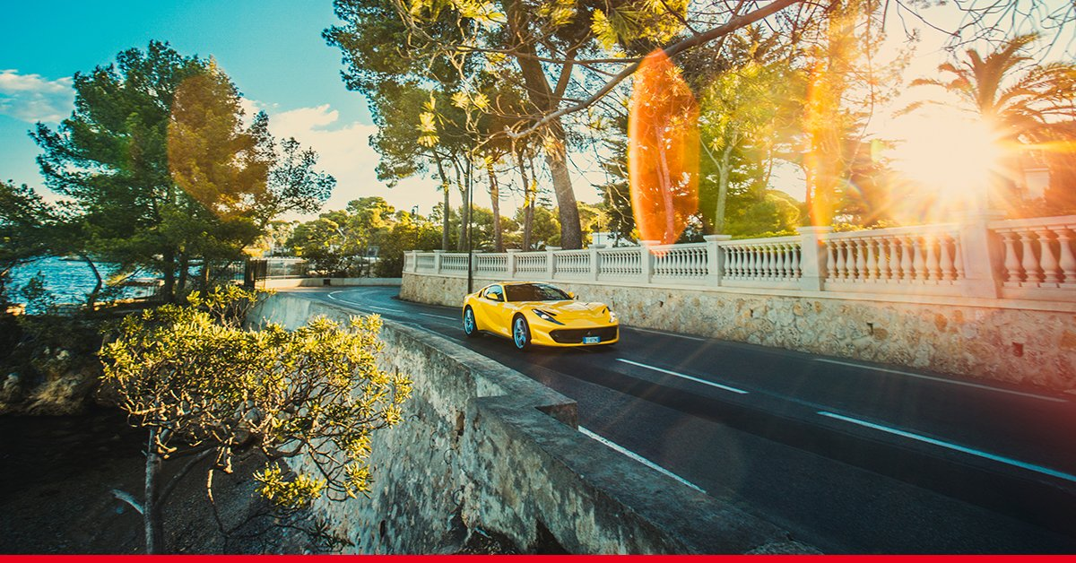 #812Superfast: turning heads in #Cannes during its French premiere. <br>http://pic.twitter.com/b7ocENmYC2
