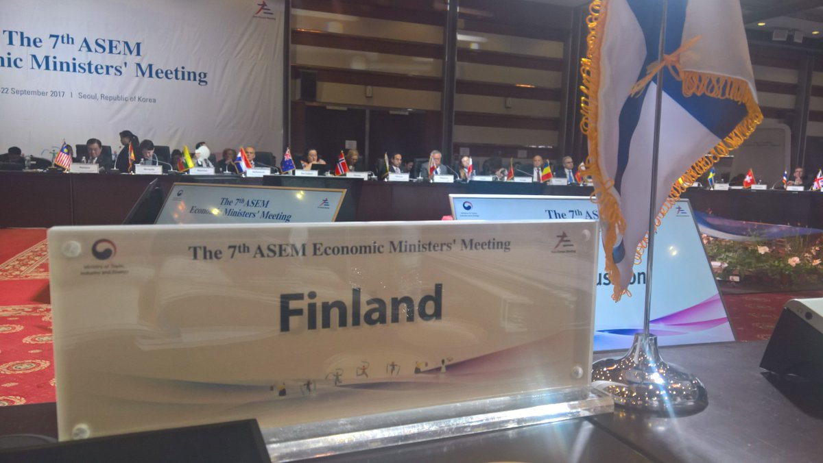 ASEM Economic Ministers&#39; Meeting. Underlined importance to get results on e-commerce at #WTO Ministerial, 5G networks, circular economy, <br>http://pic.twitter.com/qqqEeuznEe