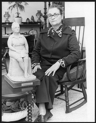 Female saviour of Dundurn Castle inducted to #hamont gallery of distinction :  http:// bit.ly/2yv7Wj8  &nbsp;    #AskACurator <br>http://pic.twitter.com/6lCBWMjfcH