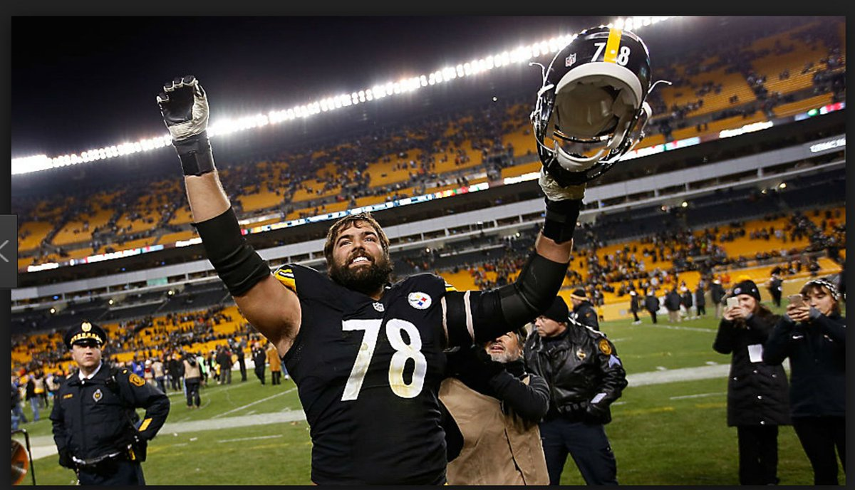 From the army --&gt; #HereWeGo . Great success story. Happiest of 29th birthday to Alejandro Villanueva! <br>http://pic.twitter.com/xICXeXavw2