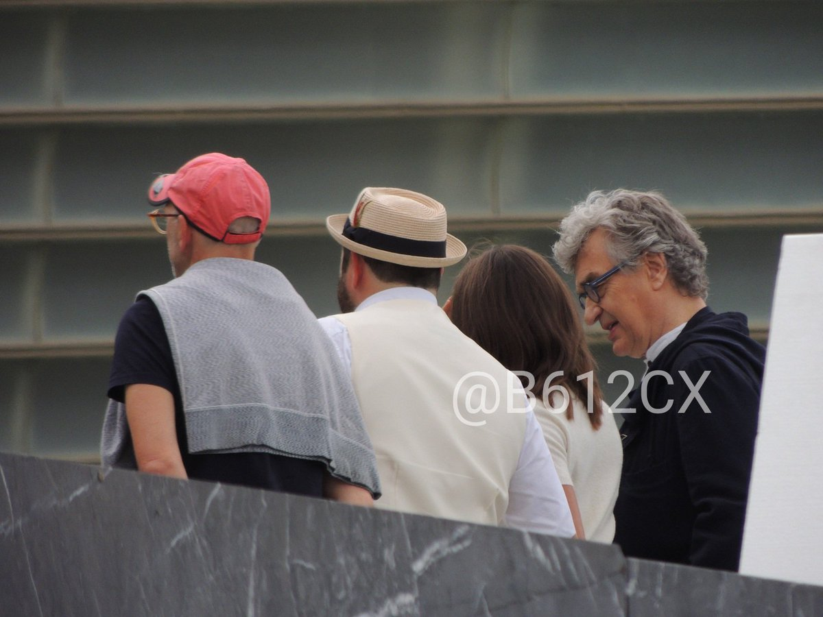 (1/2) #WimWenders #AliciaVikander and #CelynJones are taking official pics #Submergence #JamesMcAvoy #SSIFF65 #65SSIFF @sansebastianfes<br>http://pic.twitter.com/CcQKljTHEb