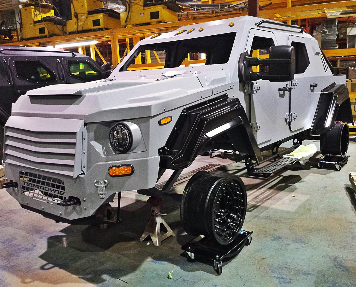 Imagine a nonfunctional RPV as a permanent fixture on static display in your basement. #mancave #makeithappen<br>http://pic.twitter.com/xH4OHiuVCl
