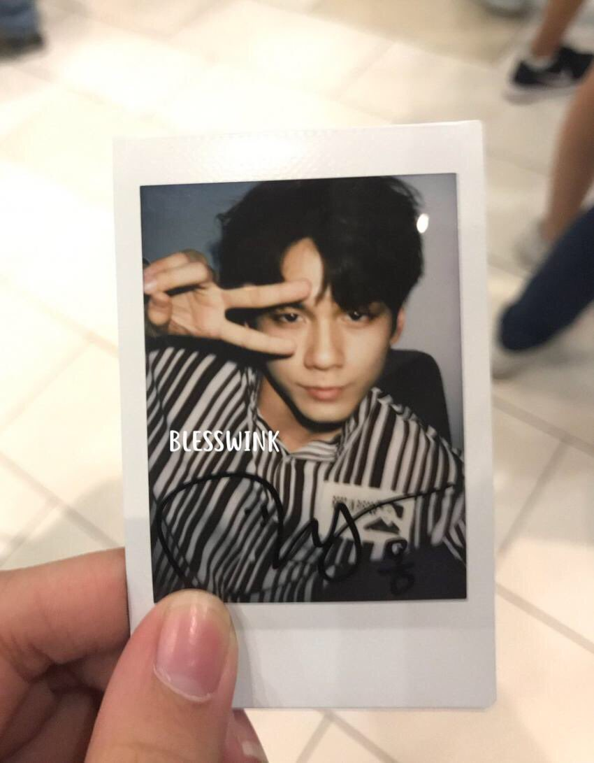 I just found my new religion: Ong Seongwu with messy hair  #WANNAONEinSG #sg #fm #selca #polaroid #OngSeongwu #messyhair<br>http://pic.twitter.com/kJBTHRQawg