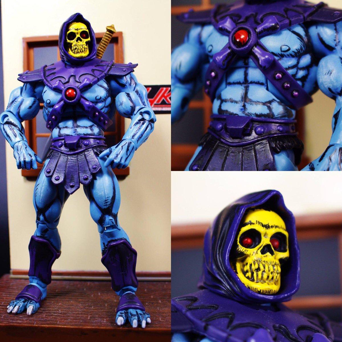 Here is a closer look at the details of my #custom cel shaded mini-comic #Skeletor  #motuc  #HeMan  #HKC<br>http://pic.twitter.com/AuTTSMelJJ