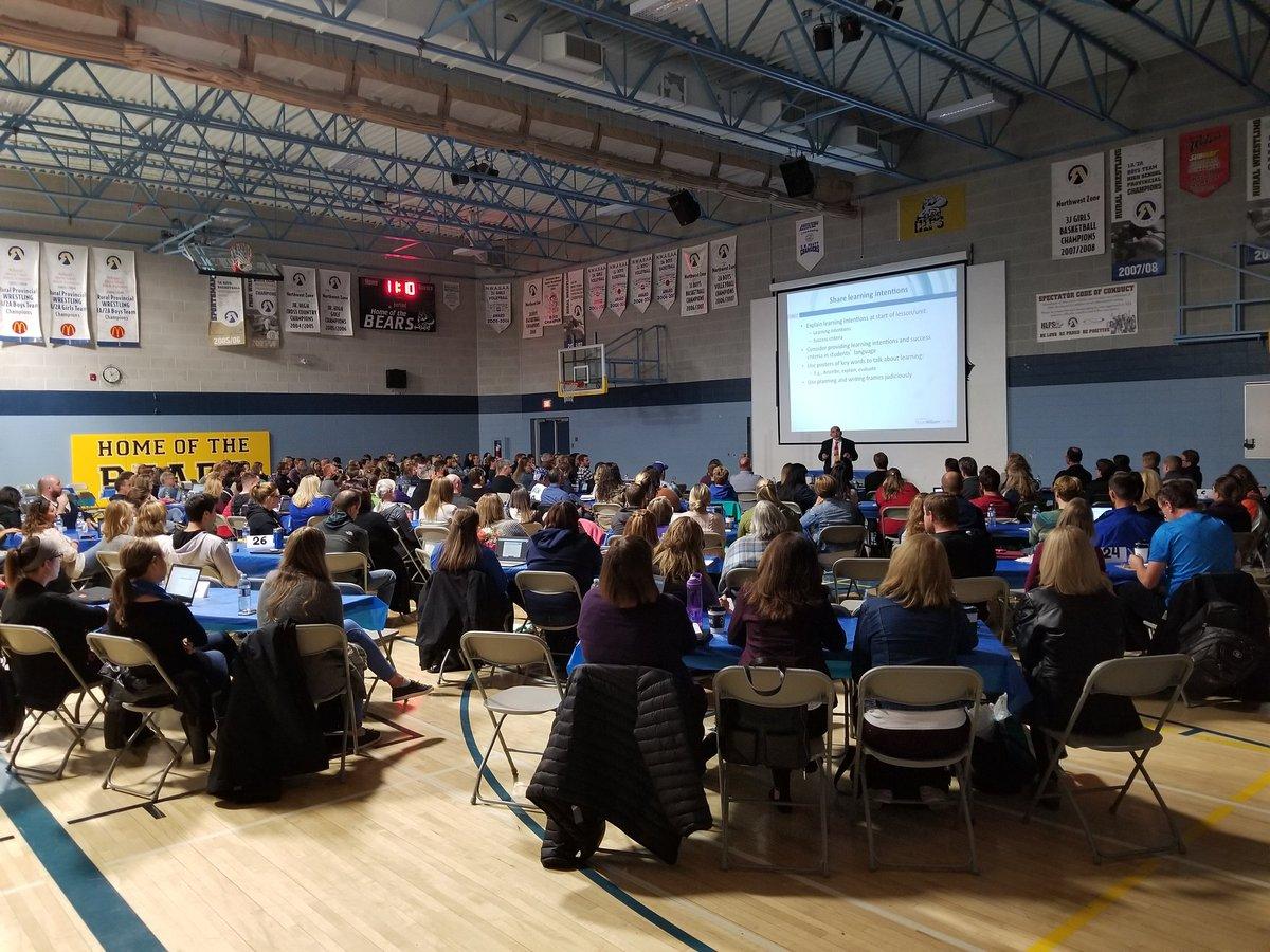 All FVSD teachers learning from Assessment guru @dylanwiliam.  Great Professional Development! #improvingteachers #PD #teachers <br>http://pic.twitter.com/trPMRfXSjE