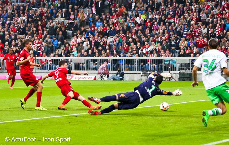 Il y a deux ans jour pour jour, Robert Lewandowski inscrivait le quintuplé le plus rapide de l'Histoire face à Wolfsburg. 💥