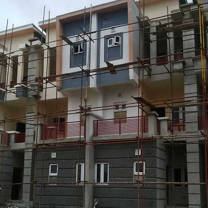4bedroom terrace duplex with BQ #nowselling #abuja #realestate #home #comfort #luxury #homesweethome #abujaproperties<br>http://pic.twitter.com/ve7OwgdCpL