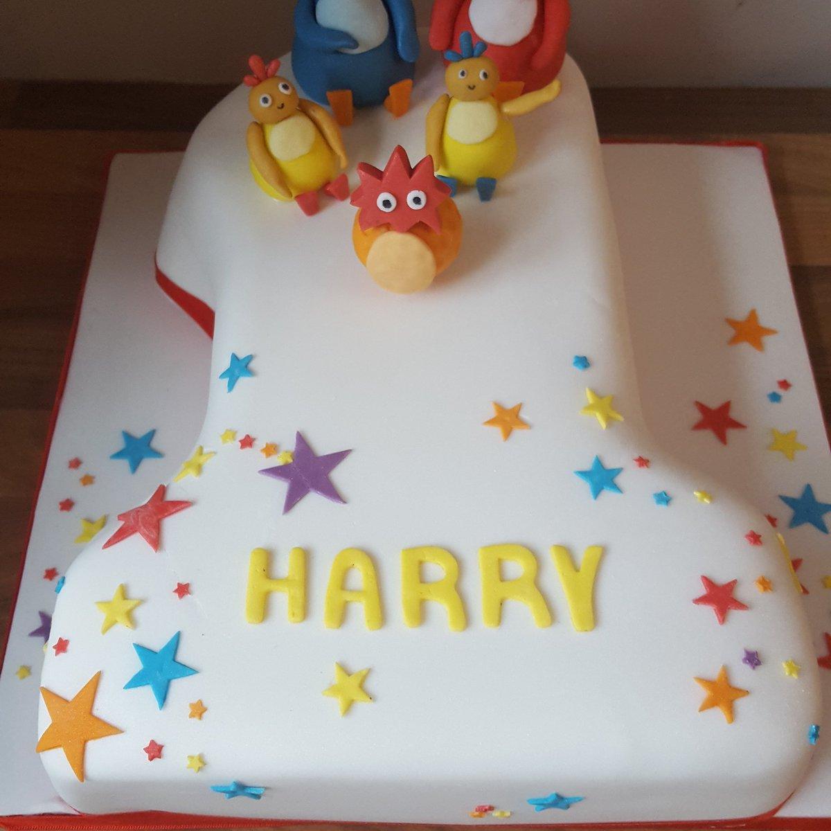 Iced Co On Twitter Twirly Woo Birthday Cake Twirlywoo Cake
