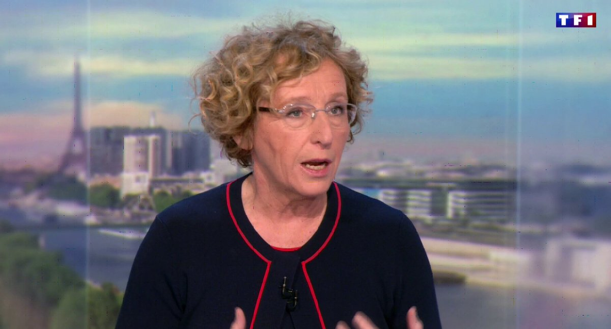 'On ne pense absolument pas à privatiser Pôle Emploi' @murielpenicaud https://t.co/4a