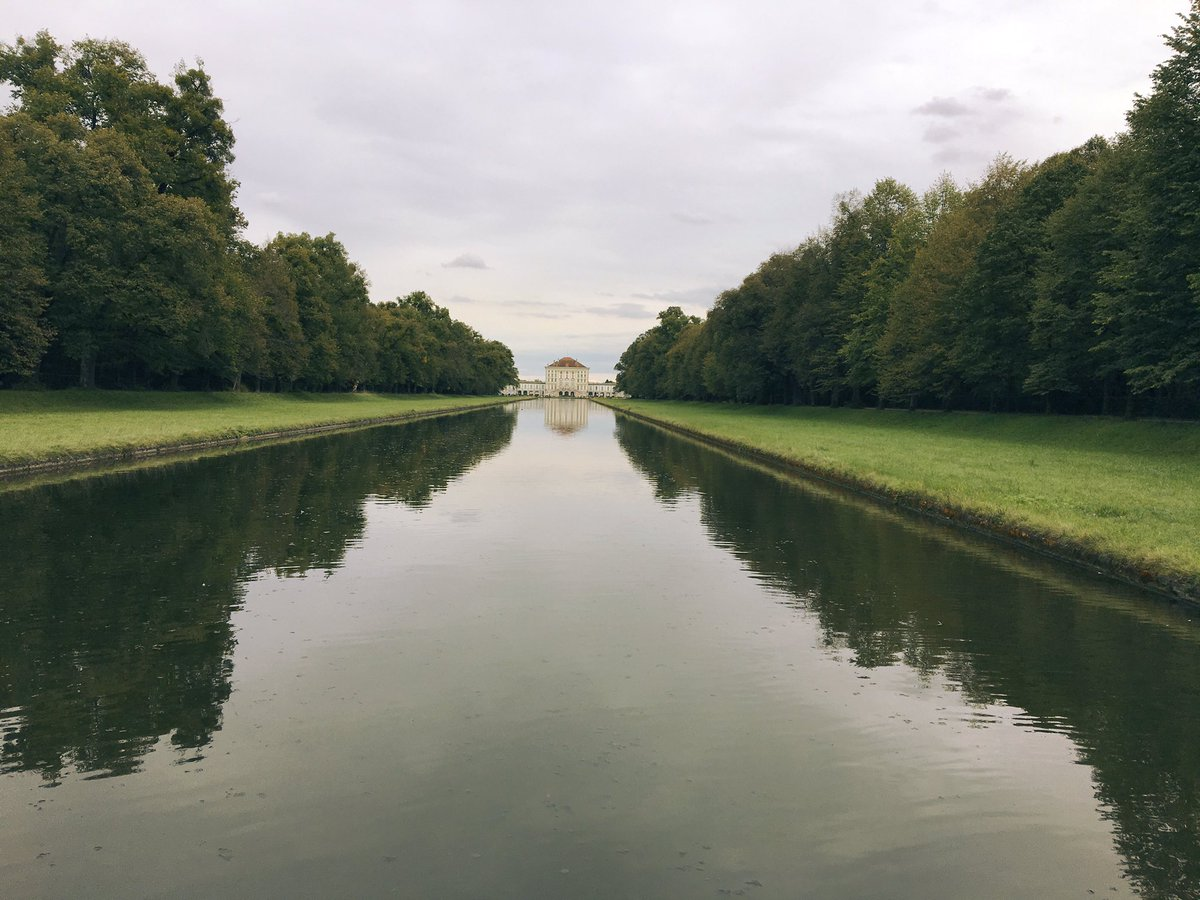 Flicking through my photos, found this from Nymphenburg,  Munich #view <br>http://pic.twitter.com/8Z5iuUs9jW