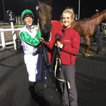 Lina's Star wins on her first run for us @NewcastleRaces tonight under @phil_makin_ ! Well done @alareen_racing 🐎