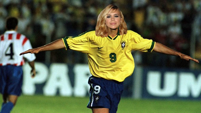 happy birthday to you, Billie Piper and possibly Ronaldo.