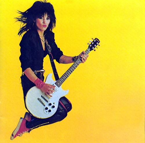 Oh and happy birthday to my always favorite singer Joan Jett!