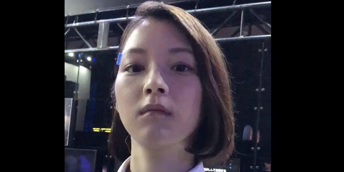 '도쿄 게임쇼' 방문객은 이 여성이 로봇인 줄 알았다(동영상) https://t.co/l4kqxY0qX1