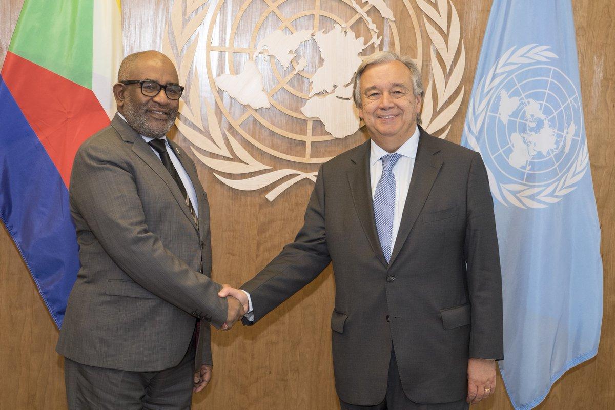 .@antonioguterres met Comoros President Azali Assouman & underscored importance of political dialogue  https://t.co/pqLjuEfkdU#UNGA