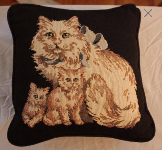 http://www. etsy.com/shop/EmmasAtti cTreasures &nbsp; …  Cat/Kitten Decorative Pillow #Etsy #Vintage #Décor #Pillow #Cat #Kittens<br>http://pic.twitter.com/UnvblNRHiN