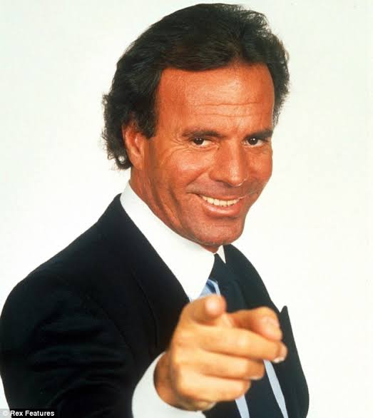 Happy Birthday to Julio Iglesias 1943 9 23  1982