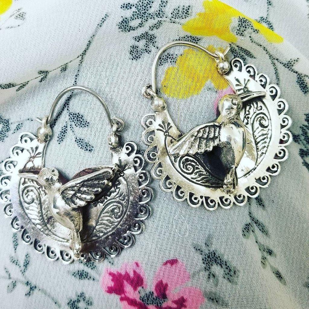 New Arrivals #ilaments #hummingbird #warrior #handmade #handcrafted #phoenix #apprarelshow #boutique #jewelry #arr…  http:// ift.tt/2wHvOmG  &nbsp;  <br>http://pic.twitter.com/ZdbgeEtrYG