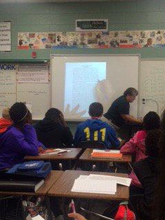 @KMMWaves Ms. Kirkland modeling text annotation &amp; fat ?s in her #LDC classrm #premier @kmmsavid @jwestmor8 @mark1_sims<br>http://pic.twitter.com/OZojkpKXkk
