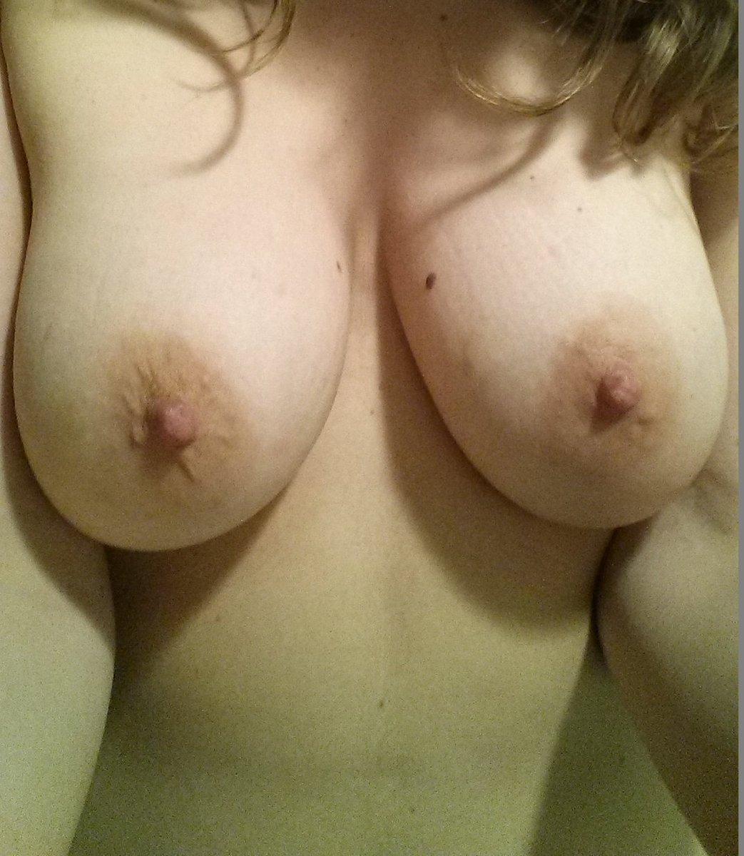 Nude Selfie 11228