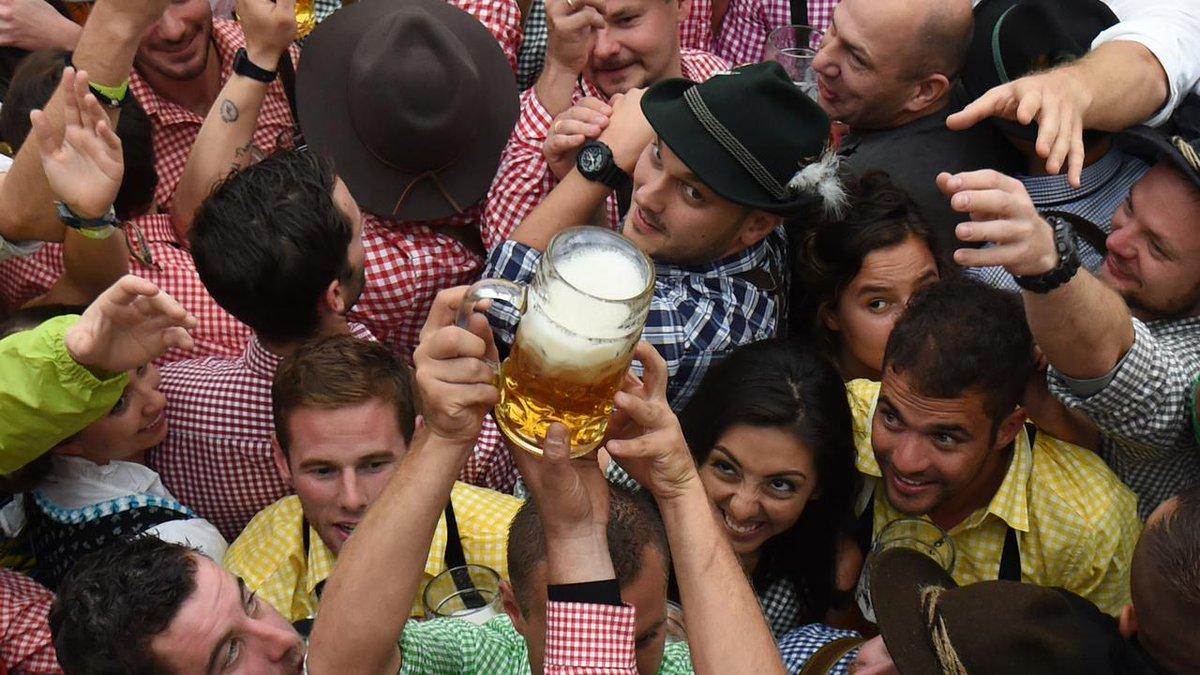 L'Oktoberfest, une orgie de bière... et de chiffres https://t.co/eVsKgGgSiH