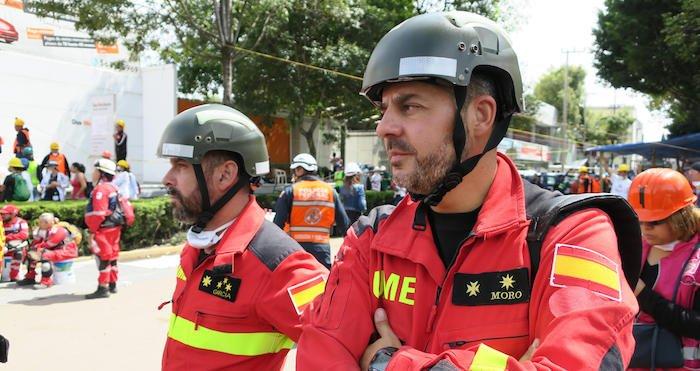 """""""Mientras nos necesiten no nos vamos de aquí"""": rescatistas españoles inician labores tras el sismo https://t.co/TVVT7zA4Z3"""