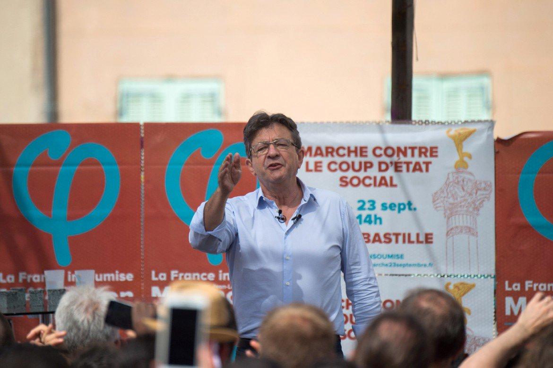 Mélenchon, leader de la gauche radicale devenu le meilleur ennemi de Macron >> https://t.co/K2mkGFb6Rs