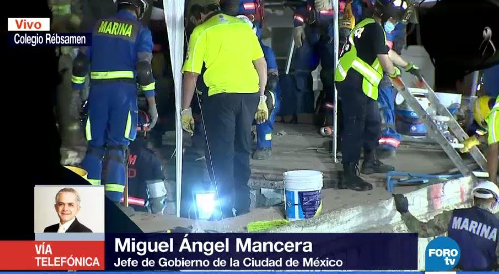 Quizá podríamos encontrar todavía con vida a 20 personas en inmuebles derrumbados en #CDMX: @ManceraMiguelMX