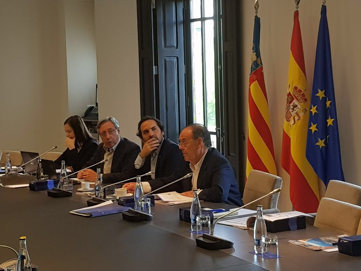 VALENCIA | RETE Board Meeting &gt; Working on Istitutional and Promotional activities focused on #portcityrelationship #Europe #Latinamerica <br>http://pic.twitter.com/k3yRLF65AG