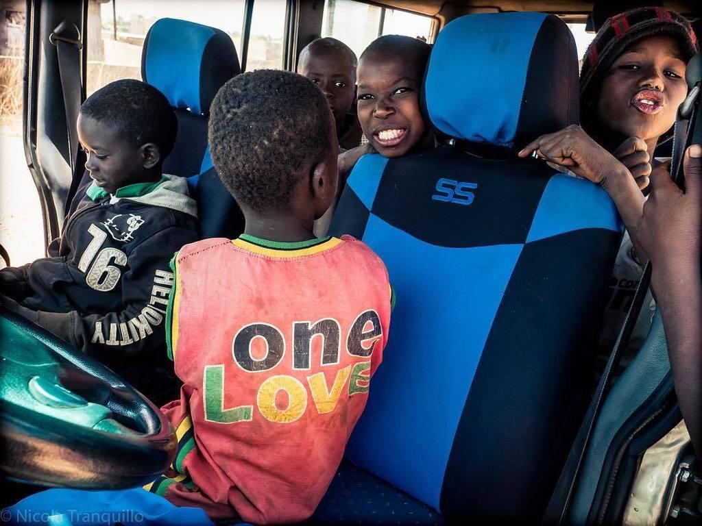 ONE LOVE!  #talibe #senegal #africa #onelove #bobmarley #boniour #love #peace #lesenfantsdornella #formazione…  http:// ift.tt/2xuYEFn  &nbsp;  <br>http://pic.twitter.com/9JhyaQbkJh