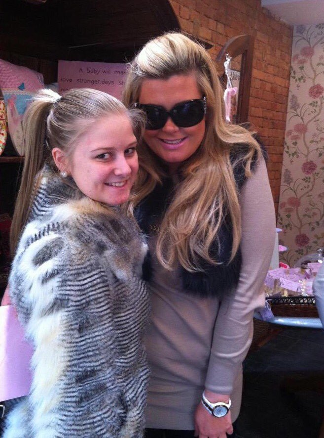 RT @maisieee_ox: @missgemcollins look at this photo 😶🙈 talk about throwback #2013 https://t.co/7r5MRT7NLY