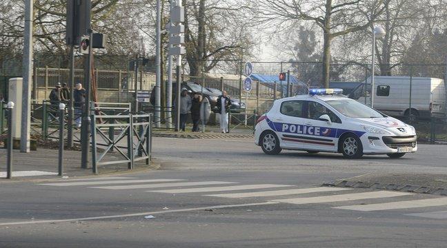 Yvelines: Un homme arrêté pour avoir enlevé son fils de sept mois à l'hôpital https://t.co/SQQMTViL3G