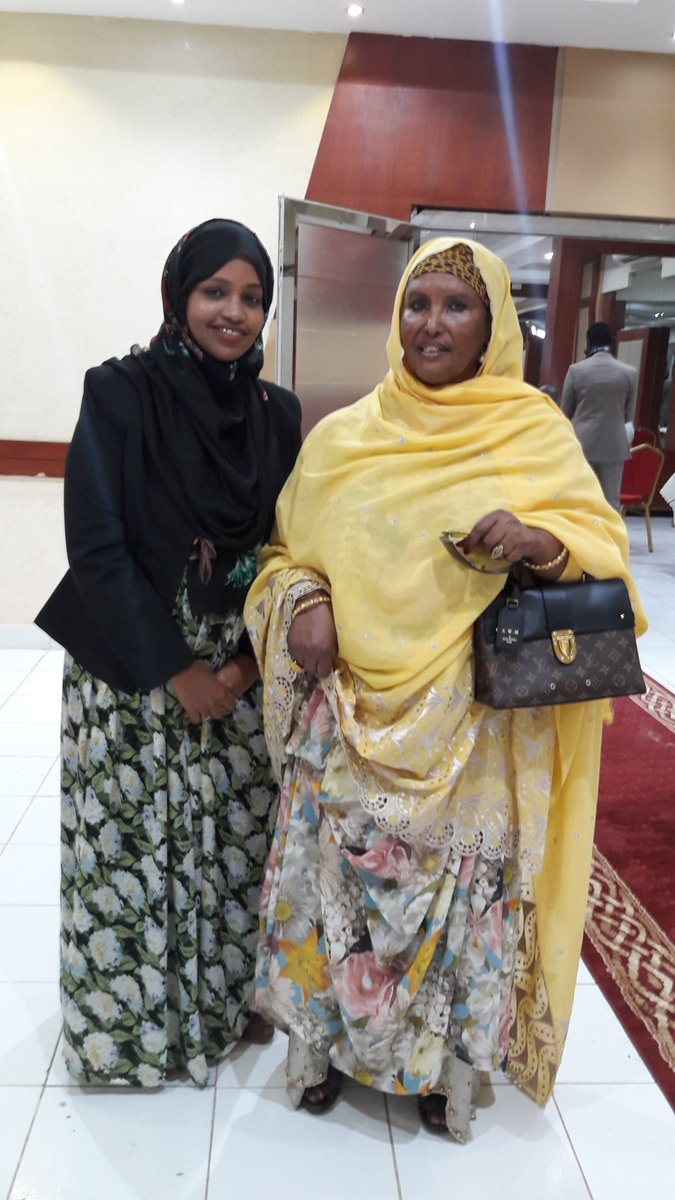 &quot;Woman can take every role&amp; can be anything they want; we shouldn&#39;t restrict them to certain roles and professions&quot;#firstlady #HERSOMALILAND<br>http://pic.twitter.com/CLdkHWzn16