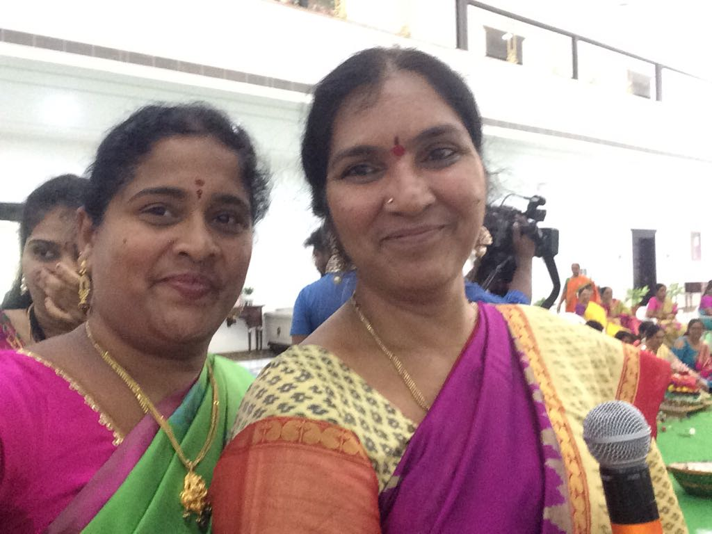 #Bathukamma celebrations @TelanganaCMO.#Jai #KCR #jai #ktr #jai #Telangana <br>http://pic.twitter.com/u2ezKpl85r