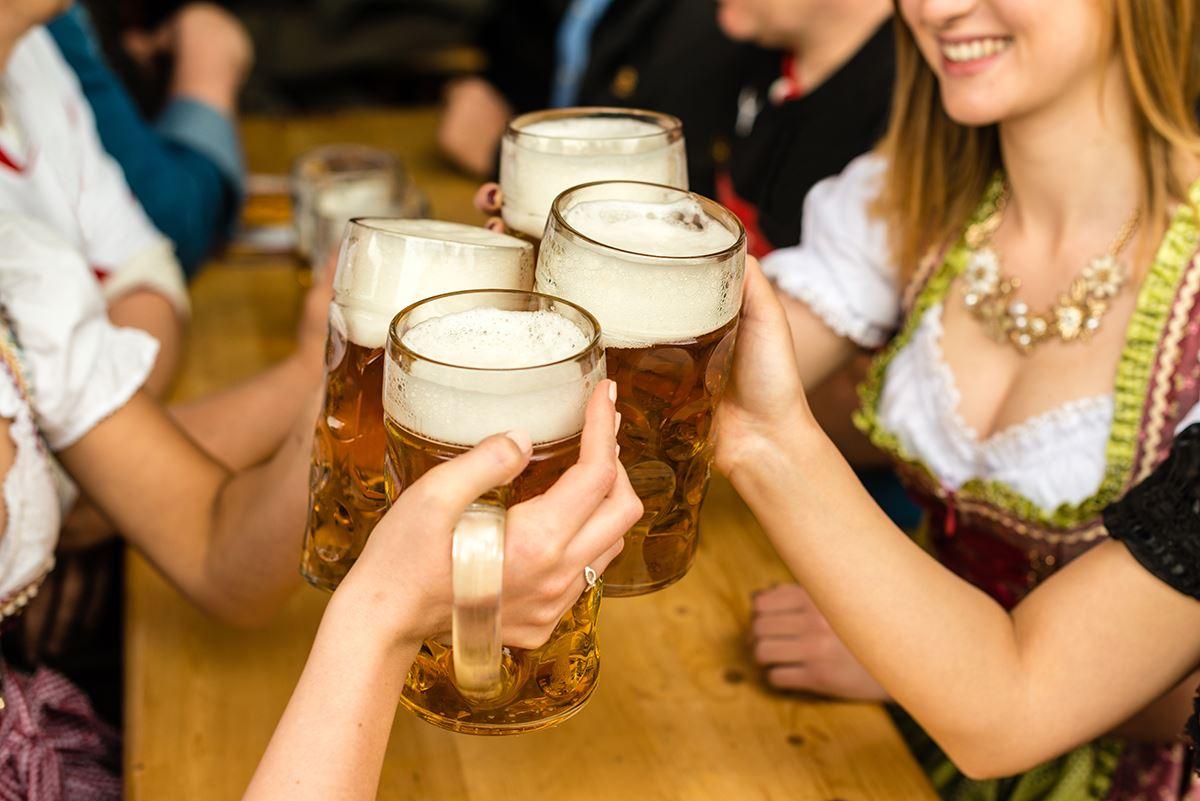 Привет девчонки картинки с пивом