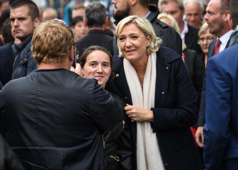 Le Pen: le départ de Philippot, 'c'est déjà du passé' >> https://t.co/z4aQP3oPeI