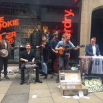 Our friends @ccsmugglers are having a little busk outside @nannamexico of Cambridge today!