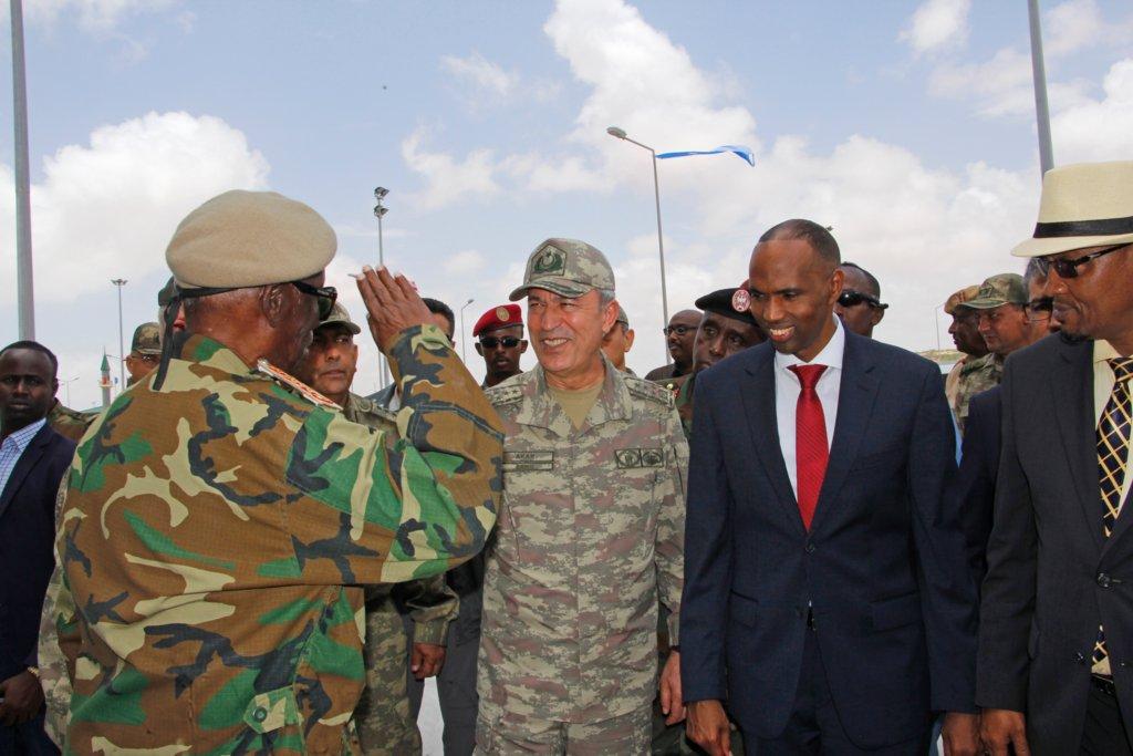 تركيا تفتتح أكبر قاعدة عسكرية خارج حدودها DK_Dnt9X0AA25hx