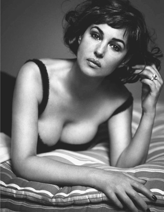 Monica Bellucci photographed by Vincent Peters for IO DONNA magazine   2010. Happy birthday Miss Bellucci.