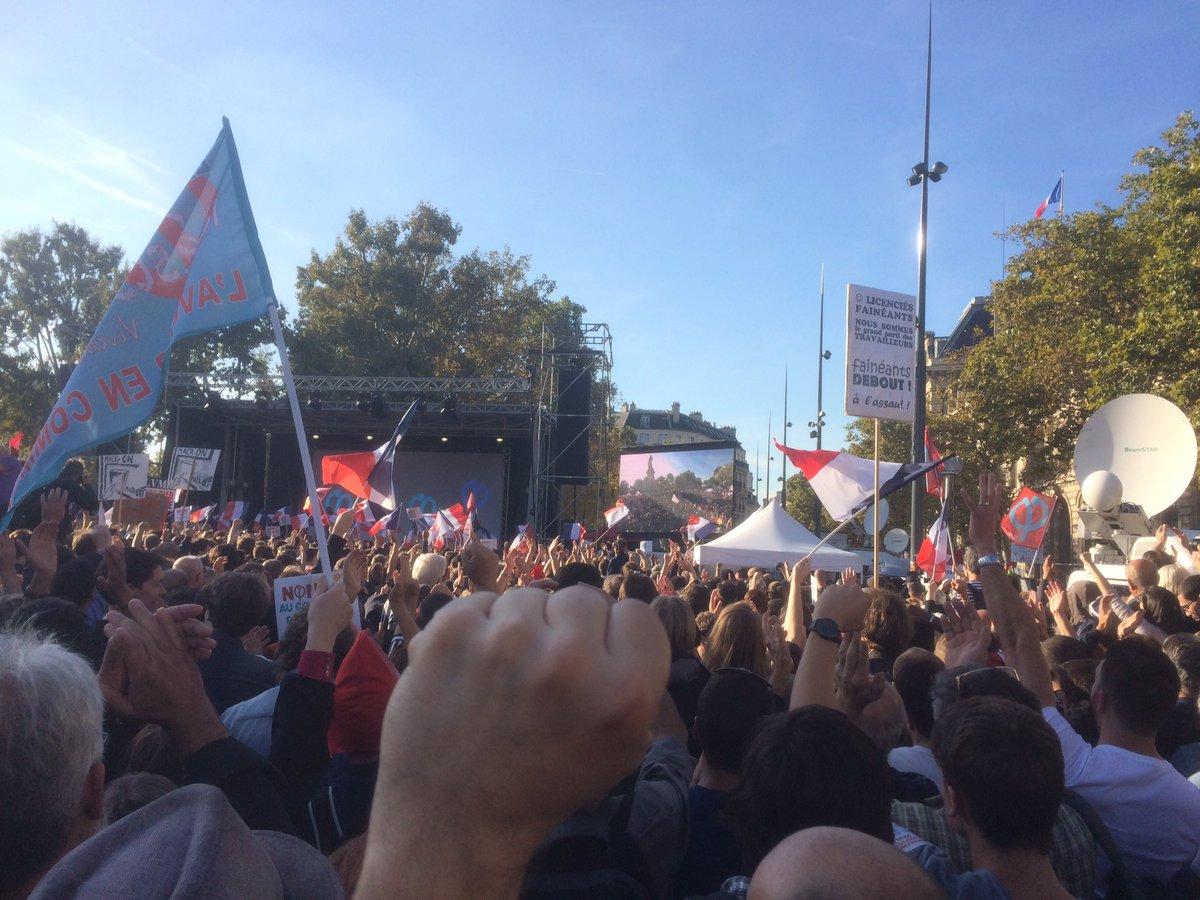 'Allez les gens, au bout de la rue, souvent il y a les élections', conclut Mélenchon avant la Marseillaise #JaiBastille