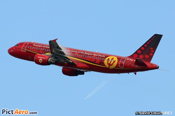 Beautiful livery, red devils @Airbus a320 @FlyingBrussels taking off from @BrusselsAirport #AvGeek #planespotting     http://www. pictaero.com/fr/pictures/pi cture,271724 &nbsp; … <br>http://pic.twitter.com/E4vvgXWoNM