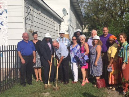 A few shots from yesterday&#39;s wonderful #CommunityDevelopment Week event at Neighborhood Service Center! <br>http://pic.twitter.com/bRzsDD9Bxa